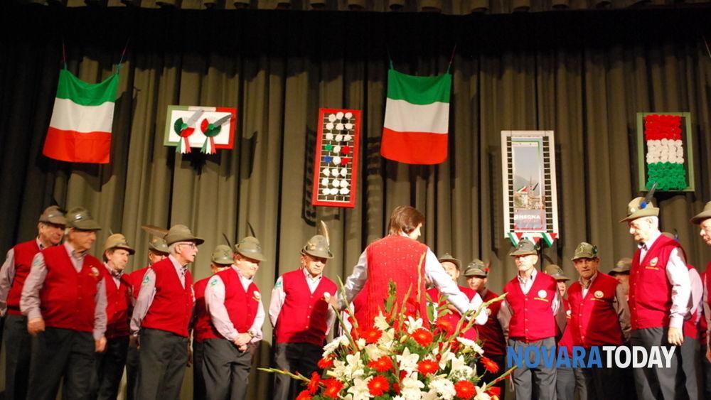 Il Coro Stella Alpina ad Armeno omaggia per la 36ma volta Santa Cecilia-2