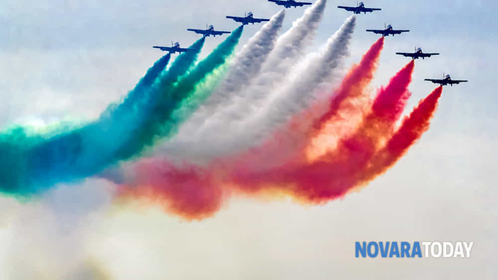 tornano le frecce tricolori sul lago maggiore: 1 luglio visioni dal parco del museo meina-2