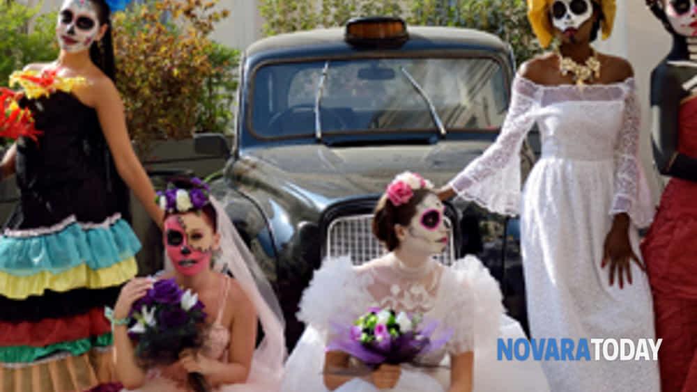 a novara le spose della santa muerte in passerella per la città, tra stupore e meraviglia-9