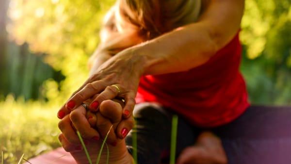 Pratiche di lunga vita al parco: a Novara etate con yoga, pilates e qi gong
