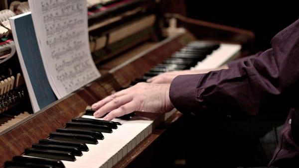 """""""Vissi d'arte, vissi d'amore. La Donna, la Musica, l'Amore"""": un concerto per le donne di Omegna"""