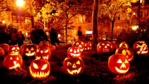 Halloween con letture e danze macabre in maschera
