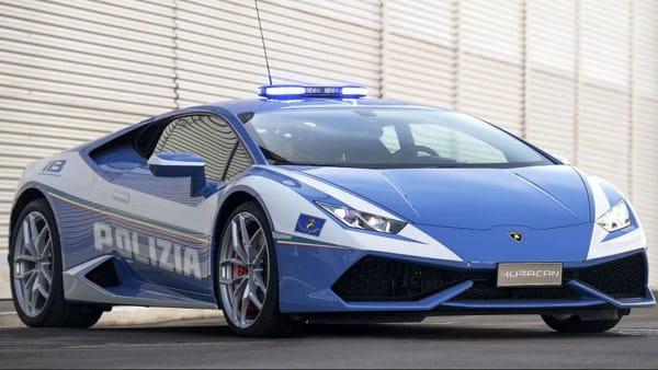 La Lamborghini Huracán della polizia stradale a Novara