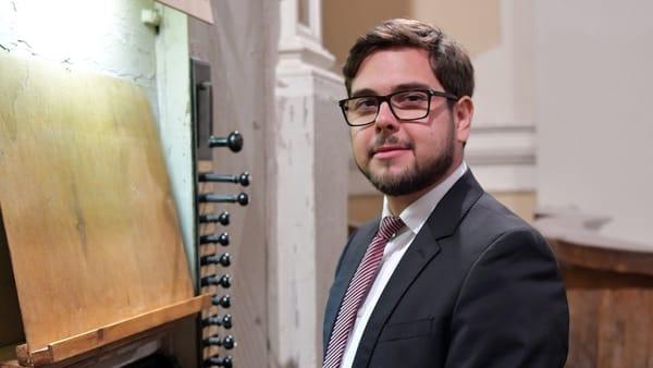 Novara: l'organista Biagio Quaglino in concerto sotto la Cupola