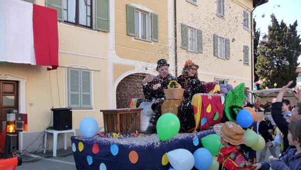Sizzano: torna il Carnevale con trippa, fagiolata e sfilata in maschera