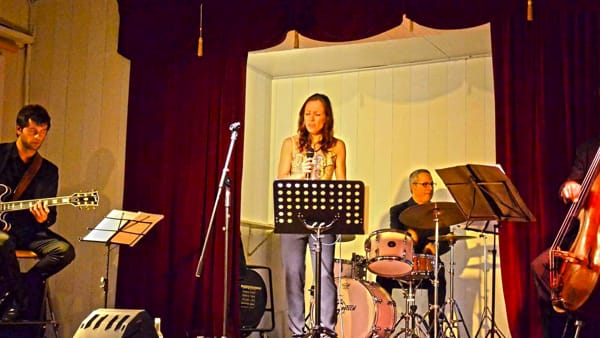 Aperitivo in jazz al Piccolo Coccia con la musica del Quartetto Swing Italiano