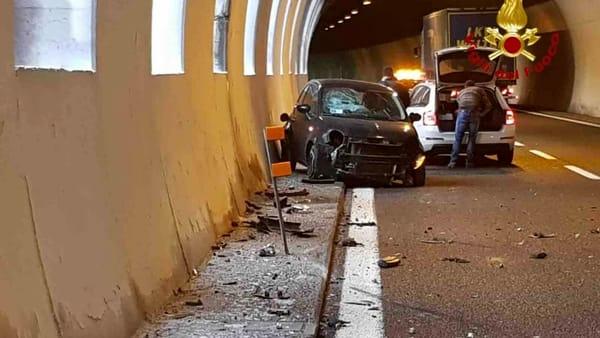 incidente a26 autostrada galleria vigili del fuoco (1)-2
