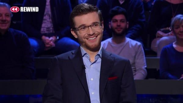 """Il 25enne di Mergozzo Alessio Ciani vince 150mila euro a """"Chi vuol essere milionario?"""""""