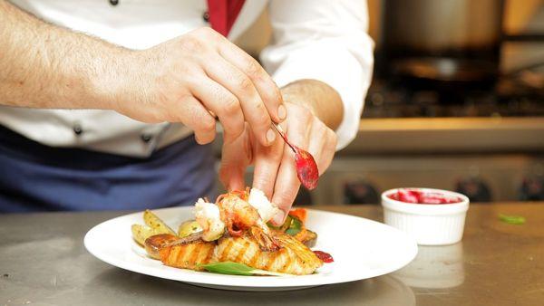 Degusto, chef stellati all'Arengo del Broletto