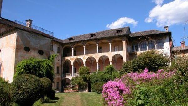Miasino: week end con il libro a Villa Nigra