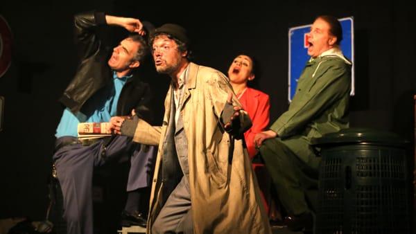 L'Accademia dei Folli in scena a Lesa con Straccioni
