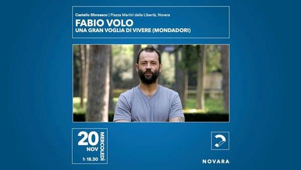 Fabio Volo torna al Castello di Novara per presentare il suo nuovo libro